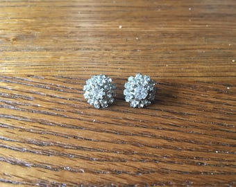 Sparkly vintage stud earrings - gems white cluster - 1930s style