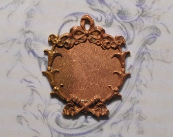 Vintage French Ribbon and Garden Style Brass Closed Back Enamel Pendant 317J