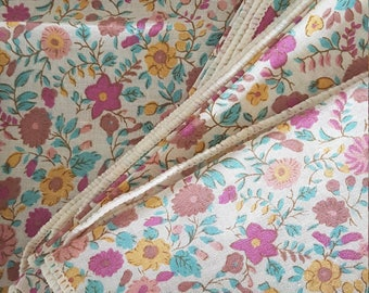 Vintage floral cloth napkins