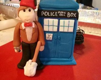 Fondant Dr.Who & TARDIS Cake Topper Set