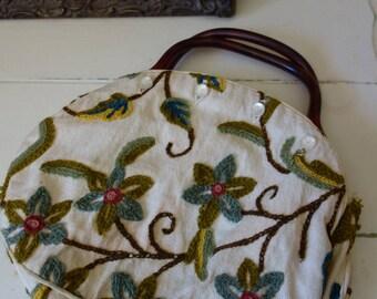 Vintage 1970s deLanthe embroidered floral purse