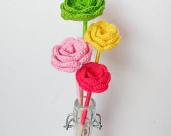 Decorative flowers to crochet
