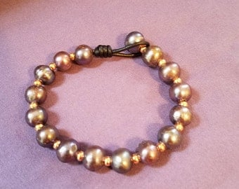 Freshwater pearls and copper spacers bracelet