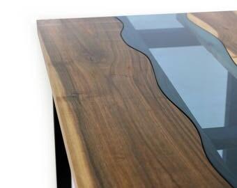 River – Walnut Table