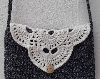 Crochet handbag black white
