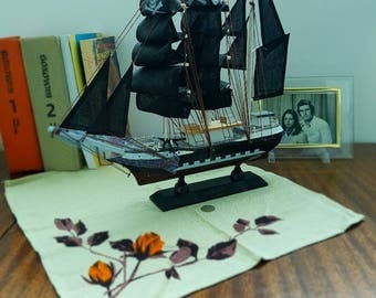 Model ship - Old ship - Ship mode - Decrotive boa - Boat model - Pirate ship - Sailing ship - Big boat - Sailing boat.