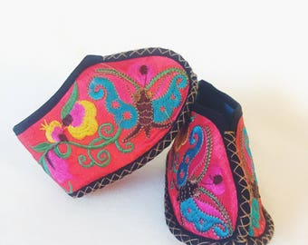 Vintage Chinese Silk Embroidered Baby Shoes
