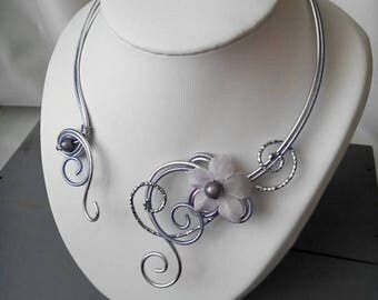Necklace silver and purple aluminum wire
