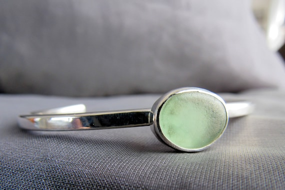 Merewif sea glass bracelet