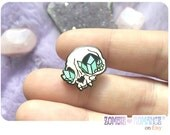 Crystal Cat Skull Enamel Pin