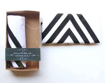 Arrow Kitchen Towel Set of 2 / Hand Printed Tea Towel / Arrow Dish Towel / Modern Dish Towel