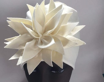 HerHat Ivory With Exploding Flower