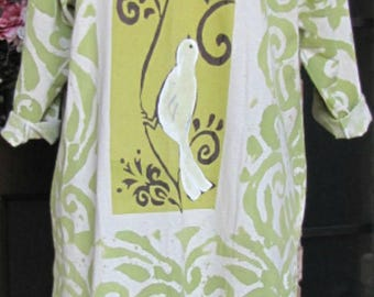 Ladies green and white Dove cotton tunic top