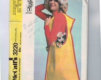 Vintage 1970s Craft Pattern McCalls 3220 Misses Floppy Hat and Oversize Bag Easy 1972 70s UNCUT