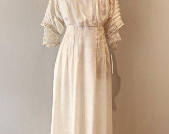 Rare Vintage Edwardian Silk Wedding Gown Handmade ~ Antique 1910s Wedding Dress Silk Embroidered Lace Size XL