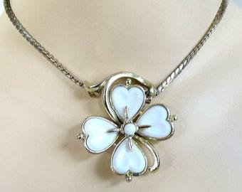 Molded White Glass Flower Slider Pendant Necklace Vintage 1940s CORO
