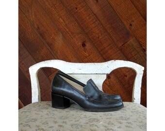 Dark Leather Loafer Heels - Vintage 90s - 7 1/2
