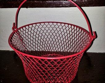Red wire basket