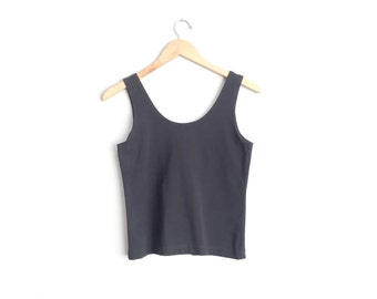 SALE // Size XS // BLACK Tank Top // Simple - Sleeveless - Scoop Neck - Cropped - Minimalist - Vintage '90s.