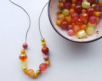 poprocks revival necklace - vintage lucite - juicy colors - chunky necklace - jeweltone pink orange