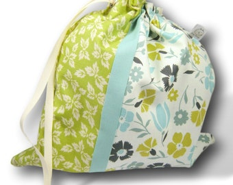 Verdant - Duet Sheepie, A Multi-skein Project Bag for Knitting or Crochet