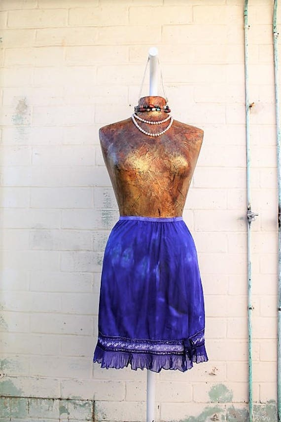 Small Vanilla Sky Slip Skirt/Tie Dye Skirt/Vintage Skirt/Upcycled Clothing/Upcycled Clothing/Slip Skirt/Woodland Fairy/Grateful Dead/Mermaid
