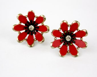 Vintage 50s Flower Earrings Goldtone Metal Flower w Red Plastic Petals Rhinestone Center Screw On Backs