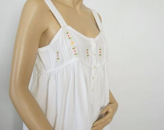 White Cotton Nightgown Vintage Yoked Embroidered Summer Ruffled Night Wear Size Medium