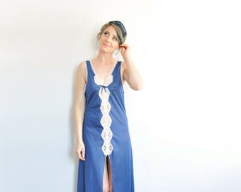 navy blue maxi nightgown . scalloped lace trim lingerie dress . high front slit whew .small.medium