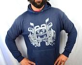 Vintage 1980s 80s Distressed 1986 Super Soft Pacific Northwest Totem Hoodie Sweatshirt