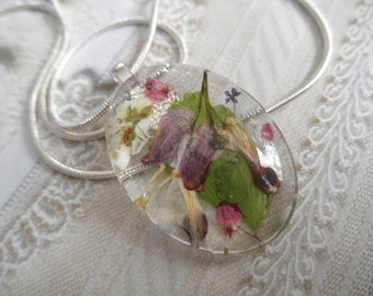 I Give You My Heart-Pink Bleeding Hearts,Heather,Veronica,Ferns Pressed Flower Glass Oval Pendant-Symbolizes Undying Love,Faithfulness