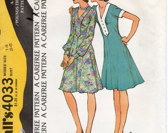 1970s Womens Flared Dress Pattern - Vintage McCall's 4033 - Size 14 Bust 36 UNCUT FF