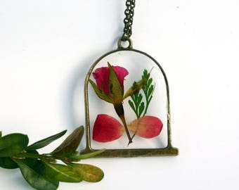 Beauty and the Beast Necklace, Real Rose Necklace, Rose Terrarium, Botanical Jewelry, Pressed Flower Jewelry, Flor Pendant, Disney Princess