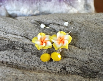 Yellow Plumeria Earrings made in Hawaii - Hawaii Flower Earrings - Plumeria Jewelry from Hawaii - Beach Bride Jewelry - Hawaiian Jewelry
