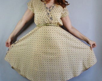 70s does 50s Dress, Summer Dress, Floral Print, Boho Dress, Full Skirt, Knee Length, Viva las vegas, Graduation, Wedding Guest, Size Medium