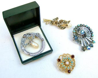 4 vintage brooches mid century jewelry rhinestone brooch vintage rhinestone pin Hollywood Regency Destash repurpose AS FOUND (AAA)