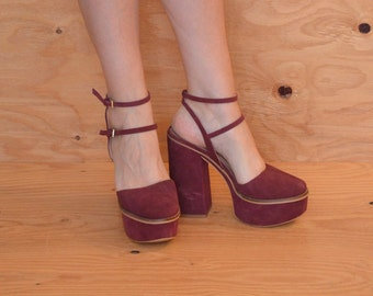 Beautiful Maroon Suede Platform High Heels Fits Size 9 Marked 10