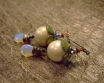 Little Buds Earrings for Women, Handmade Jewelry on Etsy, Lampwork Glass Artisan, Laura Prochin Head Pins, Gift for Her, Birthday, Boho