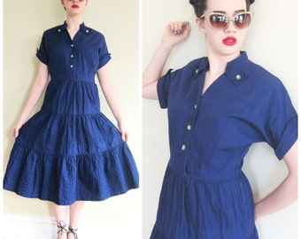 Vintage 1940s 1950s Blue Shirtwaist Dress /40s 50s Violet Cotton Short Sleeved Dress with Lucite Rhinestone Buttons / Med