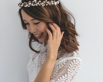 white berry branch hair wreath / white beach wedding flower crown / gypsophila white berry flower crown / gypsophila flower crown / white