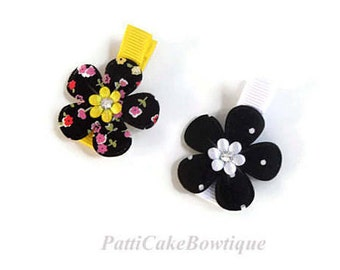 Baby Girls Black and Yellow Hair Clips/Bumble Bee Birthday Gift/Barrette/Baby Alligator Clips/Baby Hair Clips/Girls Hair Clips/Hairclips