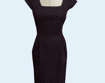 Sarah Classic Wiggle Dress