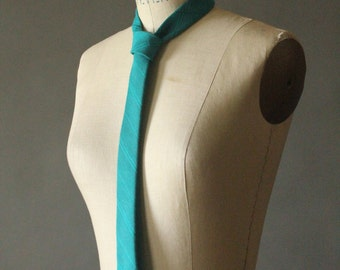 Vintage 80's Turquoise Skinny Necktie by String Beans