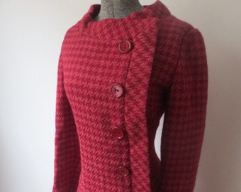 Stunning Vintage '60s Don Sophisticates Burgundy & Pink Houndstooth Dress w/ Asymmetrical Button Panel! Sm/Medium
