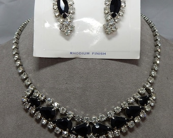 Black & Clear Rhinestone Choker Necklace and Clip On Earrings  New Old Stock    OAB34