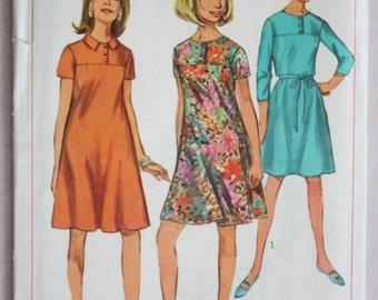Vintage 1967 Simplicity 6967 Junior Mini Dress Bust 30.5
