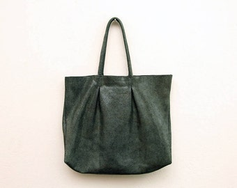 The Green Leather Berlin Tote Bag | Oversized Leather Tote | Women's Leather Shoulder Bag | Minimalist Leather Handbag in Green