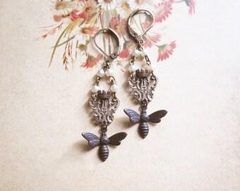 Queen Bee Earrings / Vintage Assemblage Earrings / Boho Jewelry / Mori Girl