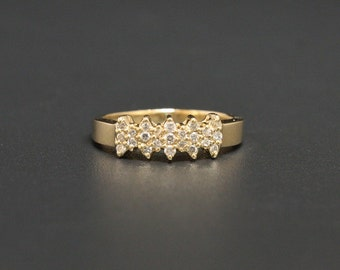 14K Cluster Ring Size 7 Signed Color Cast