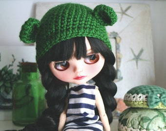 Bear hat. Ear hat for newborn prop. ooak Blythe bear hat. Blythe accessories. Blythe doll hat. green bear, green ear hat